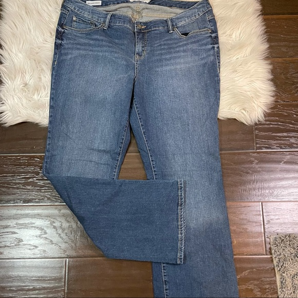 Torrid Relaxed Bootcut Jeans Women's Plus Size 20R